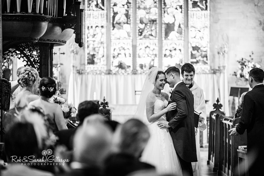 warwickshire-marquee-wedding-photography-077