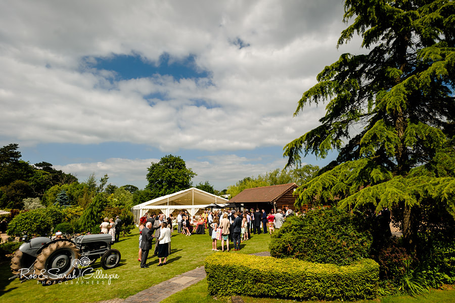 warwickshire-marquee-wedding-photography-088