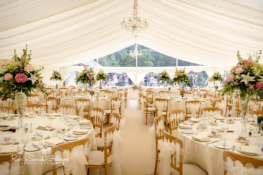 warwickshire-marquee-wedding-photography-102