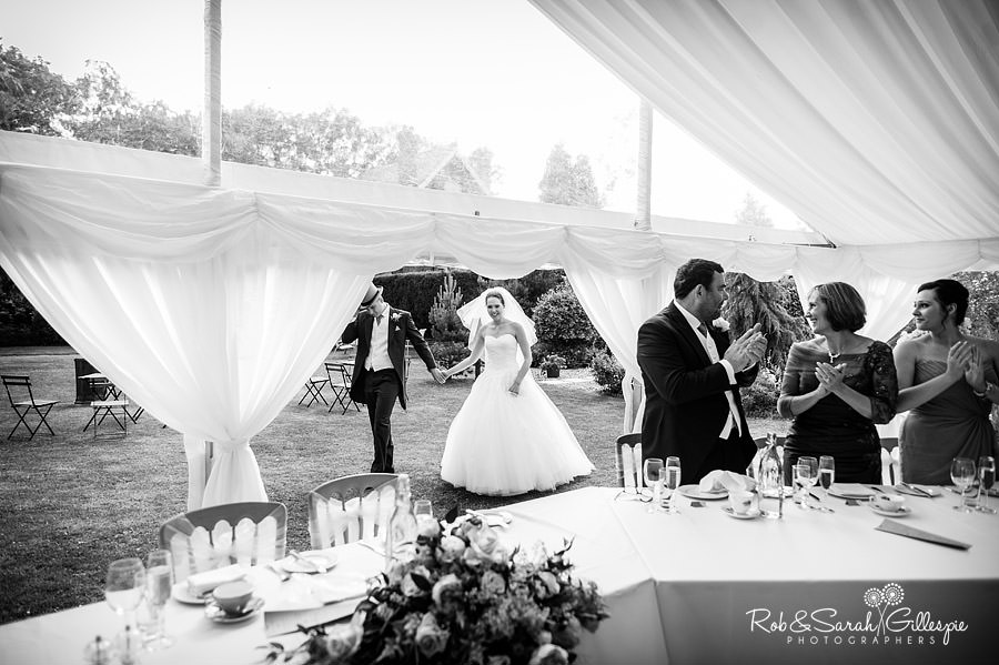 warwickshire-marquee-wedding-photography-118