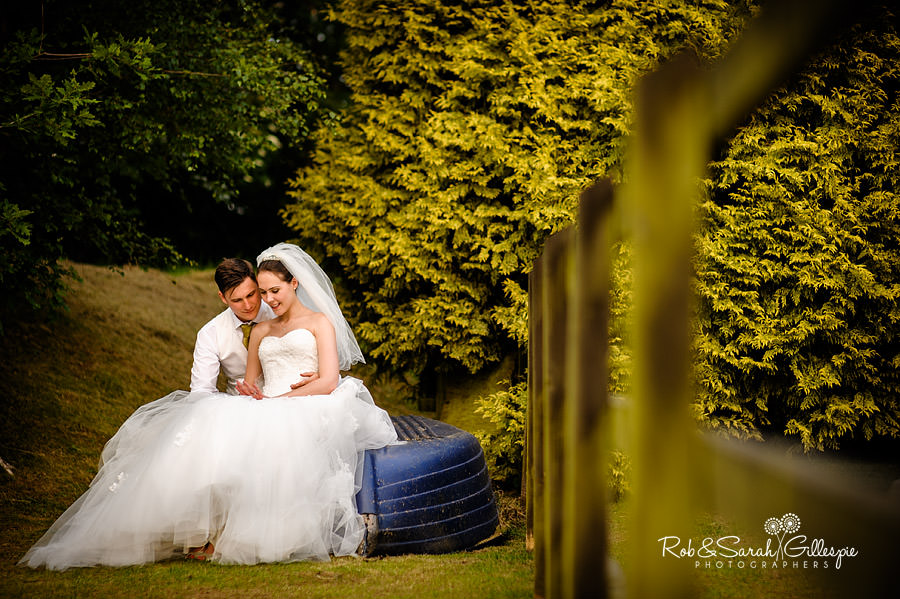 warwickshire-marquee-wedding-photography-135