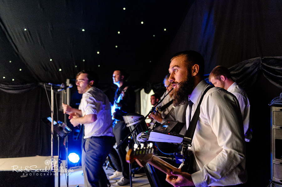 warwickshire-marquee-wedding-photography-142
