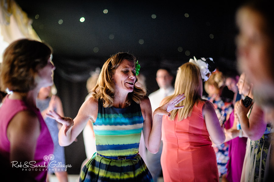 warwickshire-marquee-wedding-photography-144