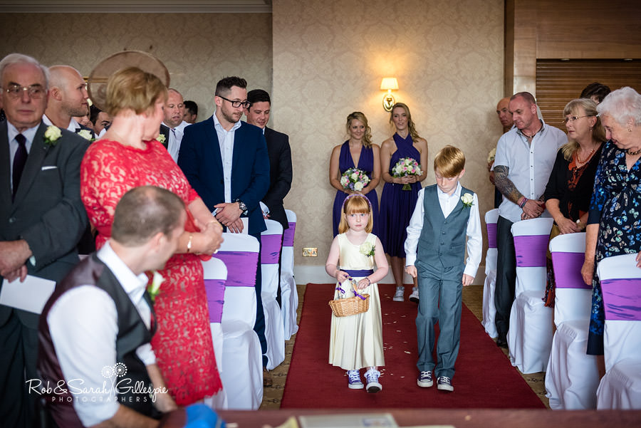 menzies-welcombe-stratford-wedding-photography-053