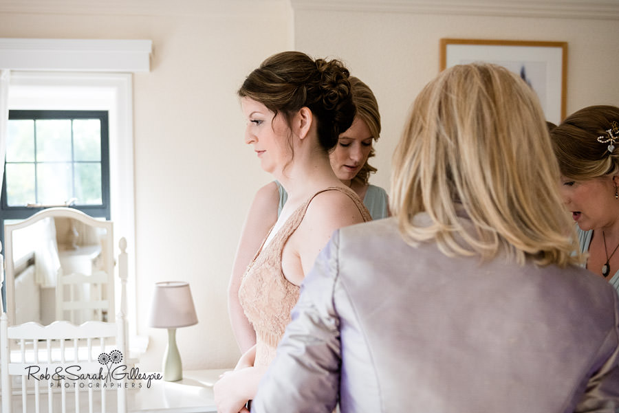 elmore-court-wedding-photography-gloucs-014