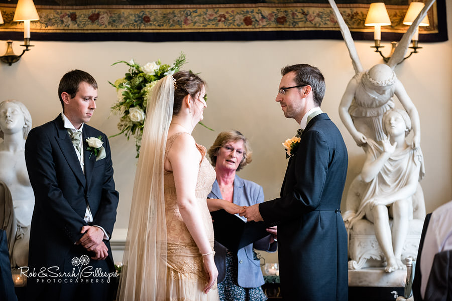 elmore-court-wedding-photography-gloucs-045