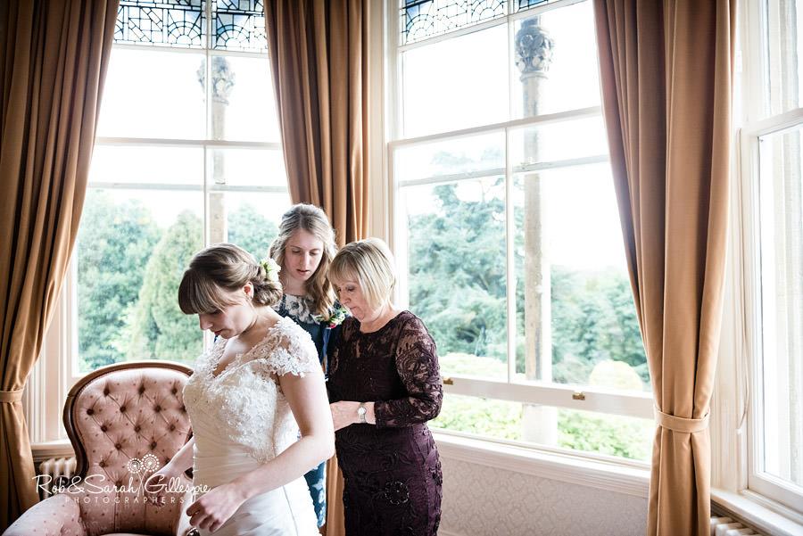 birmingham-highbury-hall-wedding-photographer-016