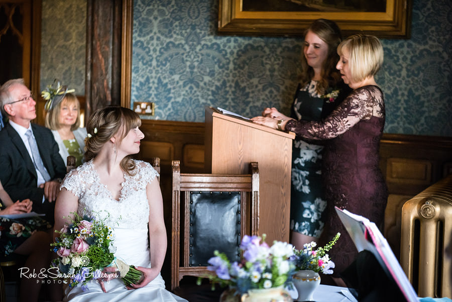 birmingham-highbury-hall-wedding-photographer-043
