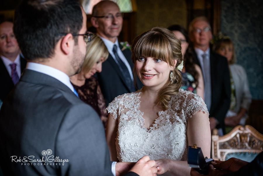 birmingham-highbury-hall-wedding-photographer-045