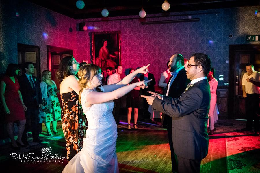 birmingham-highbury-hall-wedding-photographer-140