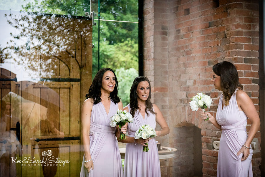 cripps-shustoke-barn-wedding-photographers-044