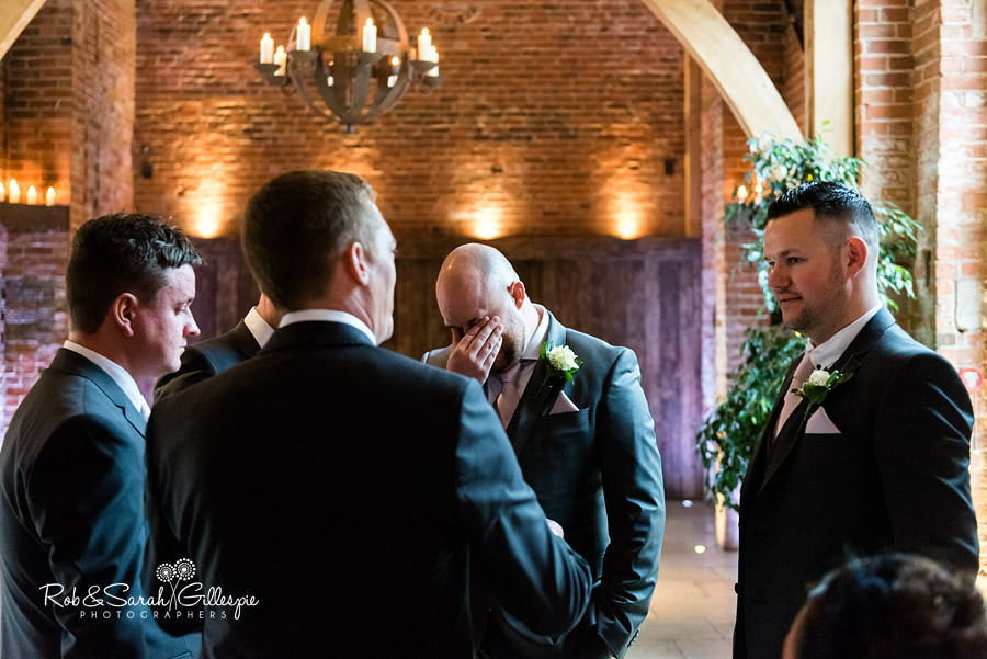 cripps-shustoke-barn-wedding-photographers-049