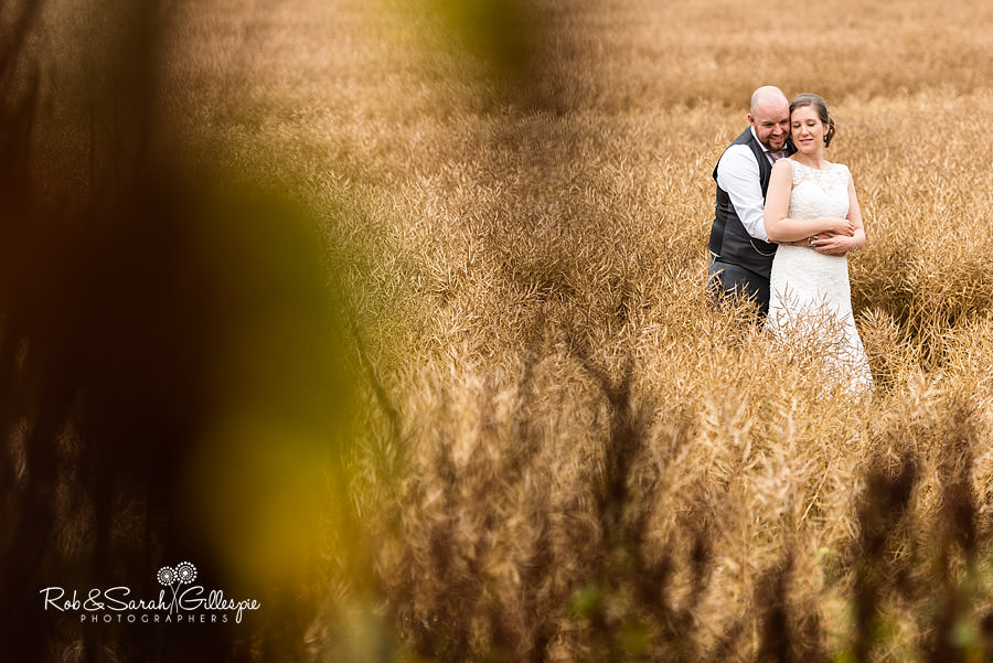 cripps-shustoke-barn-wedding-photographers-128