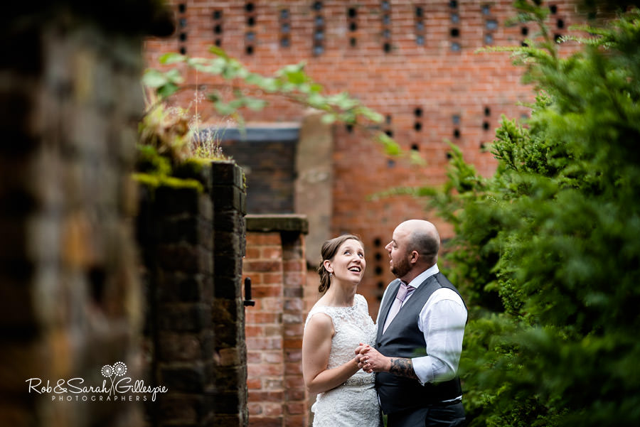 cripps-shustoke-barn-wedding-photographers-134
