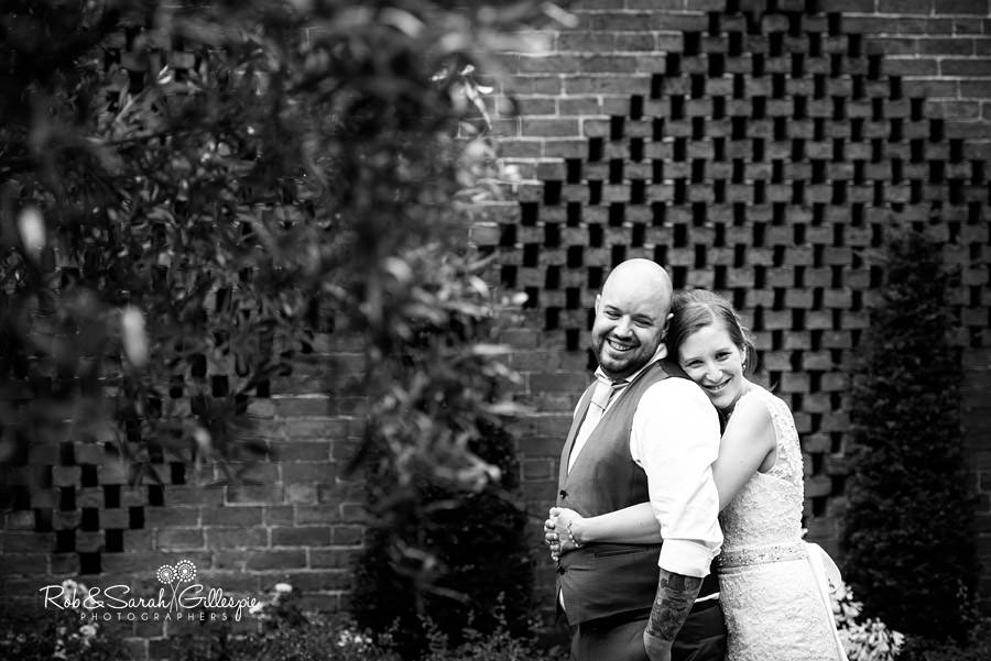 cripps-shustoke-barn-wedding-photographers-142