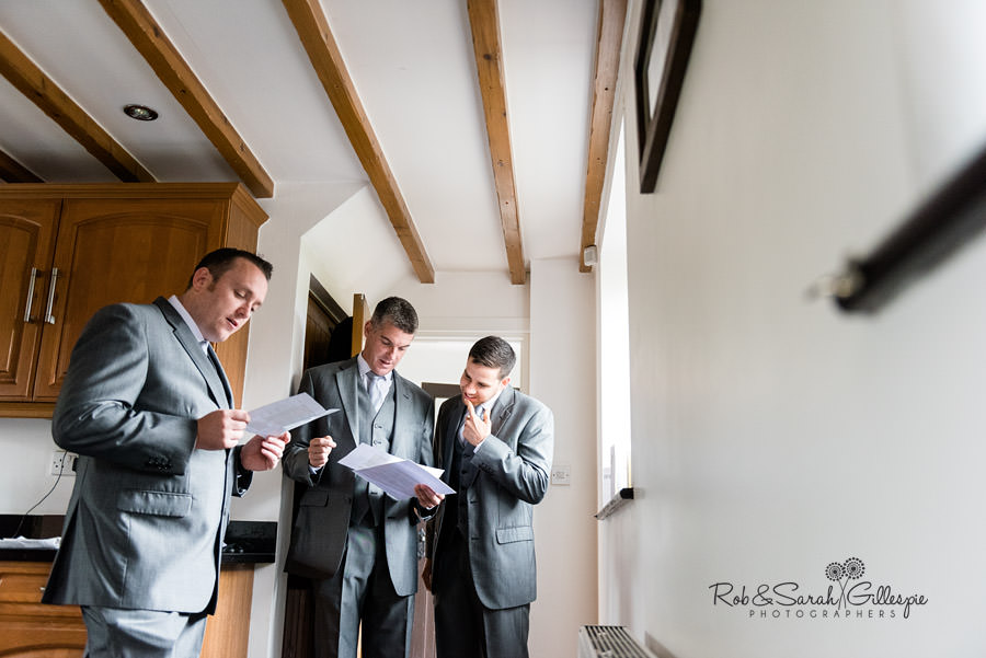 delbury-hall-coach-house-shropshire-wedding-photographers-008