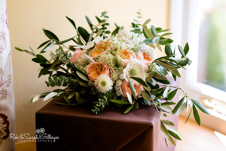 Bridal flowers at Delbury Hall by Sarah Jane Midwood photographed by Rob & Sarah Gillespie
