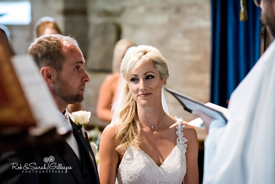 delbury-hall-coach-house-shropshire-wedding-photographers-081