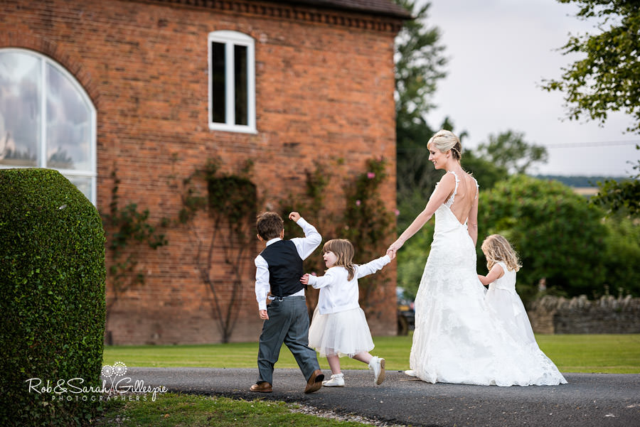 delbury-hall-coach-house-shropshire-wedding-photographers-199
