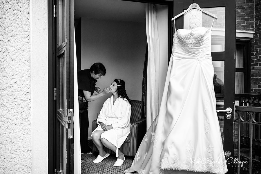 puckrup-hall-deerhurst-wedding-photographer-008