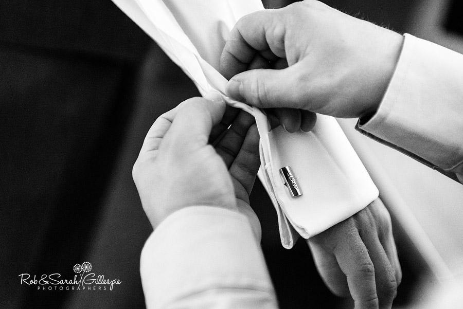 puckrup-hall-deerhurst-wedding-photographer-023