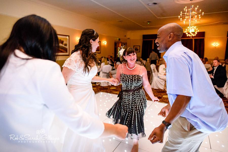 puckrup-hall-deerhurst-wedding-photographer-204