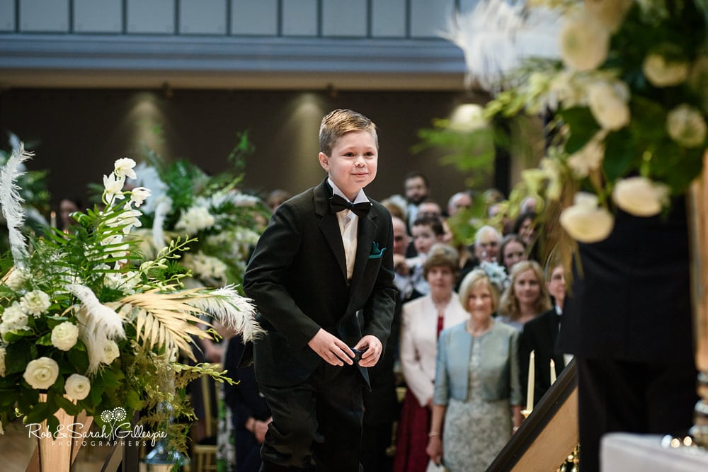 Ring bearer walks onto stage at Birmingham Town Hall