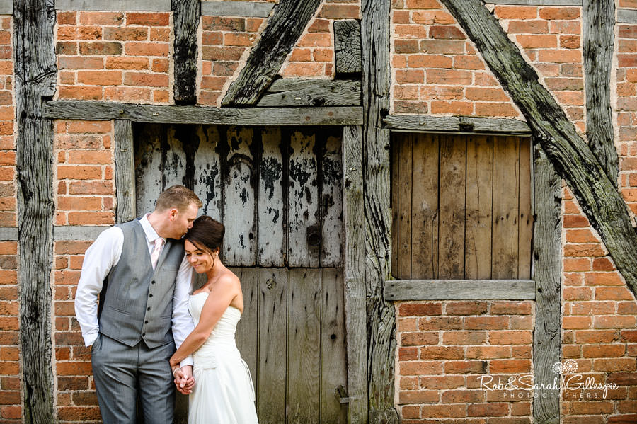 avoncroft museum old brick barn with bride and groom