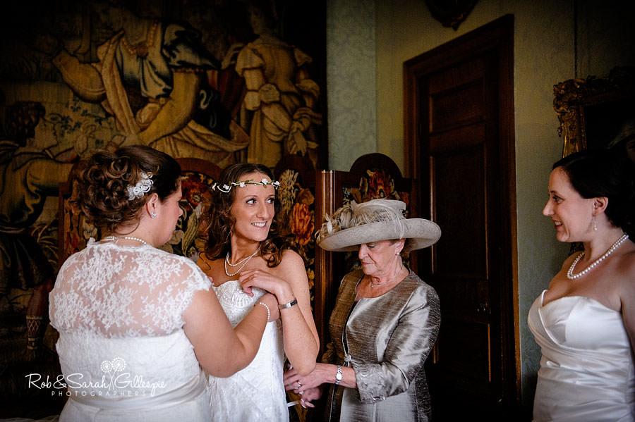 coughton-court-wedding-photography-015