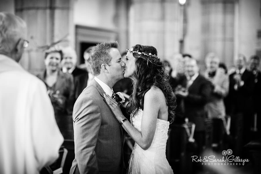 coughton-court-wedding-photography-035