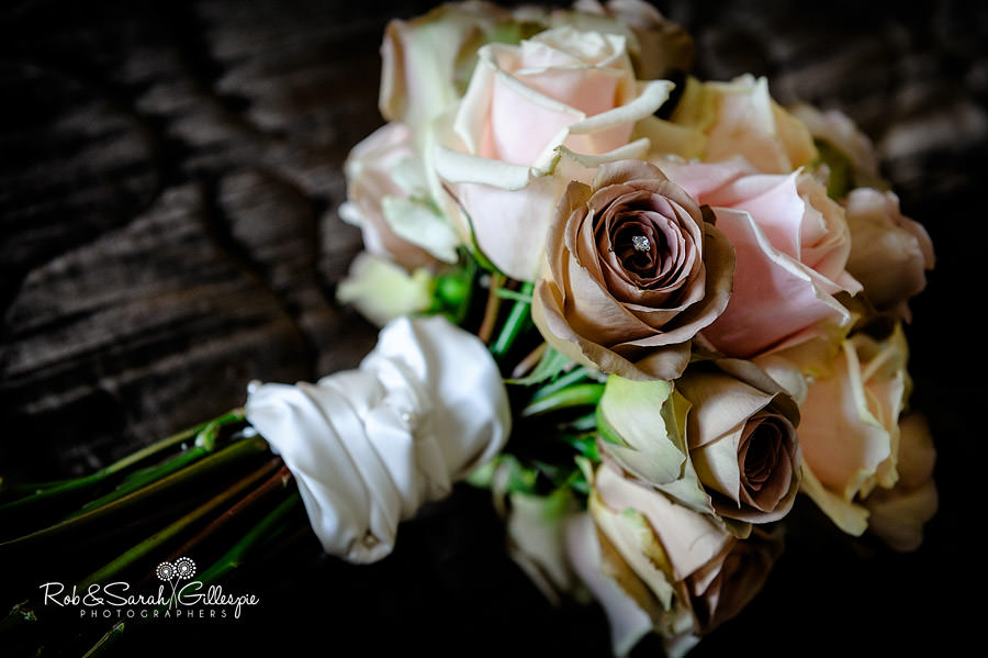 brockencote-hall-worcestershire-wedding-photos-013