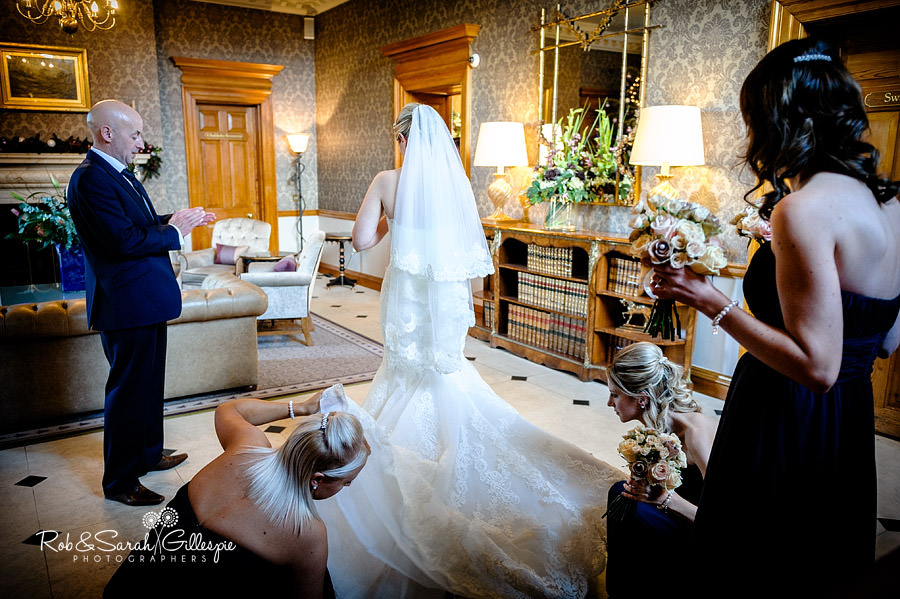 brockencote-hall-worcestershire-wedding-photos-034