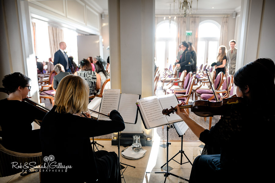 brockencote-hall-worcestershire-wedding-photos-035