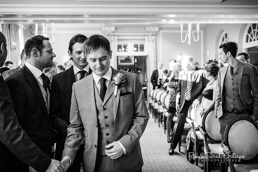 brockencote-hall-worcestershire-wedding-photos-036