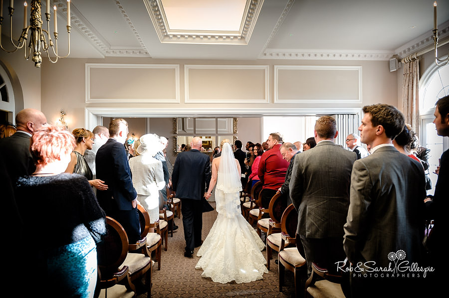 brockencote-hall-worcestershire-wedding-photos-039