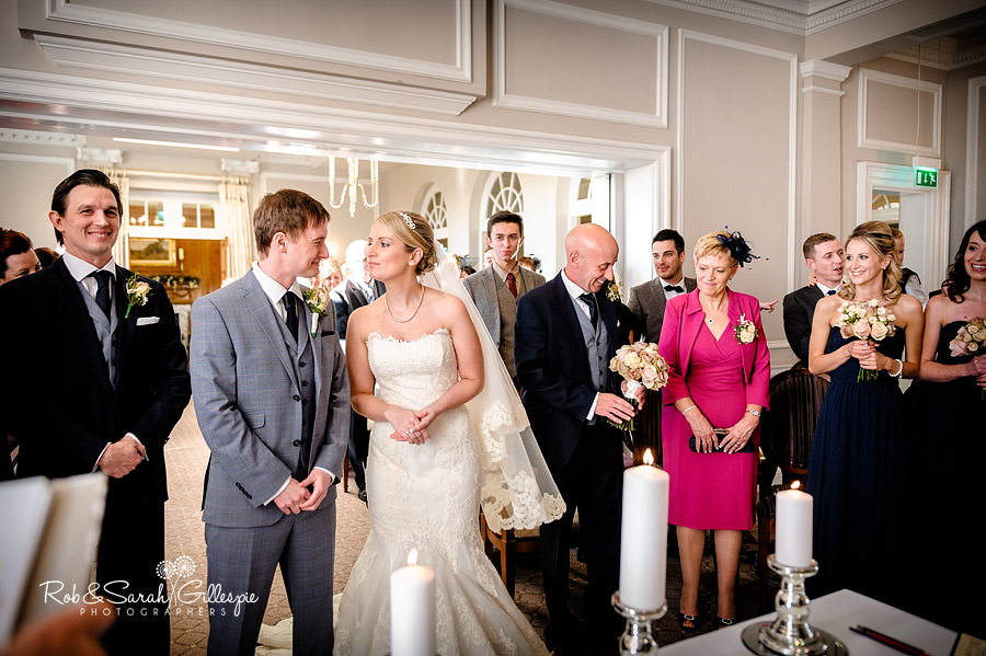 brockencote-hall-worcestershire-wedding-photos-040