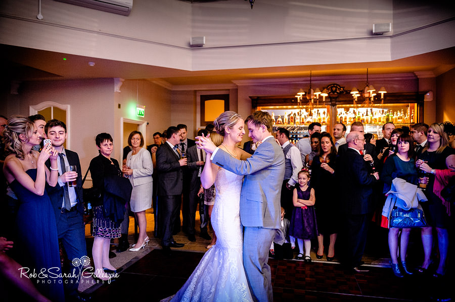 brockencote-hall-worcestershire-wedding-photos-109