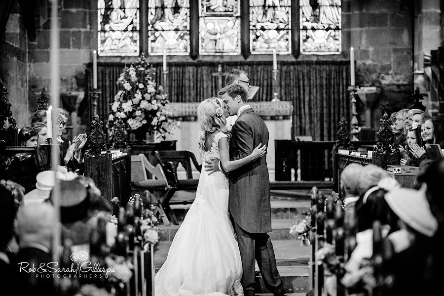 midlands-marquee-wedding-photographers_073