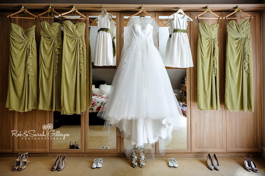 warwickshire-marquee-wedding-photography-016