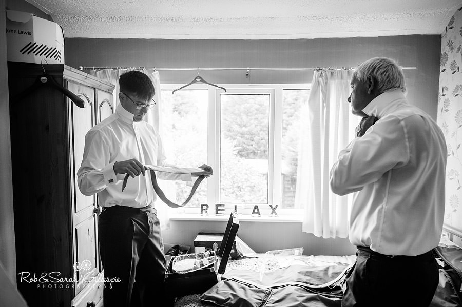 warwickshire-marquee-wedding-photography-045