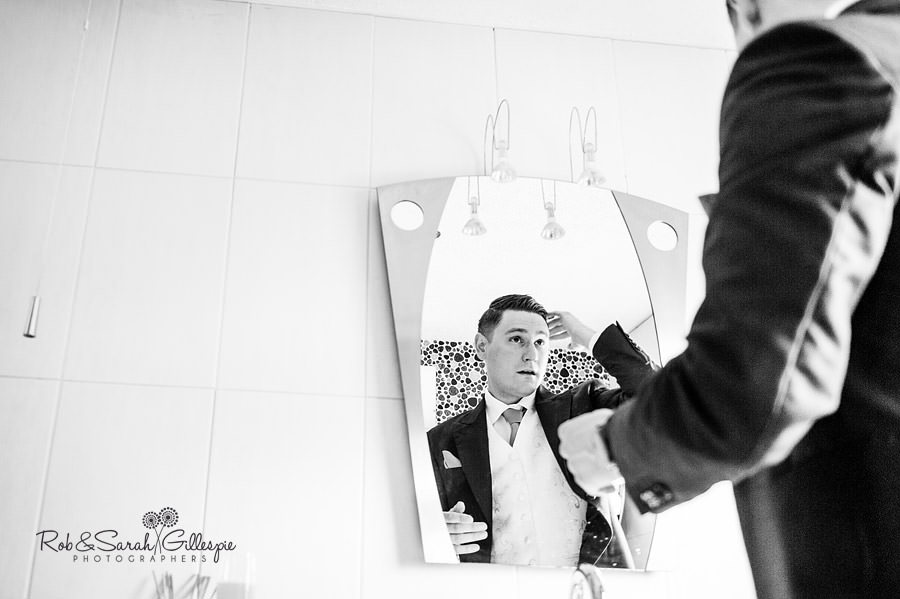 warwickshire-marquee-wedding-photography-048