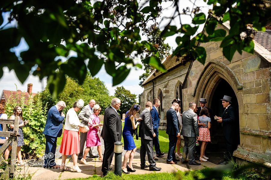 warwickshire-marquee-wedding-photography-059