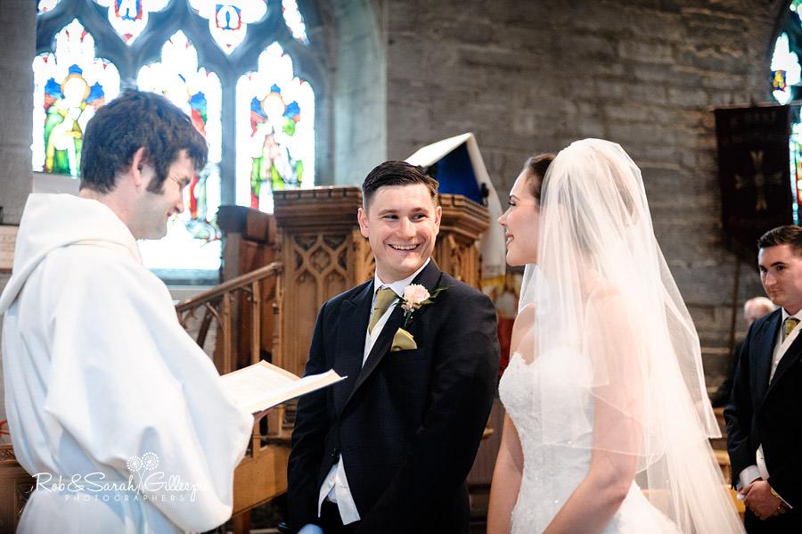warwickshire-marquee-wedding-photography-071
