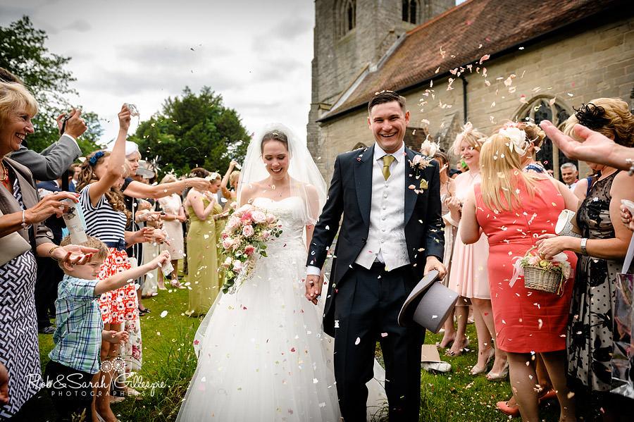 warwickshire-marquee-wedding-photography-082