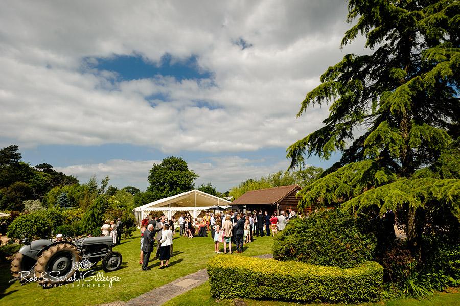 warwickshire-marquee-wedding-photography-088