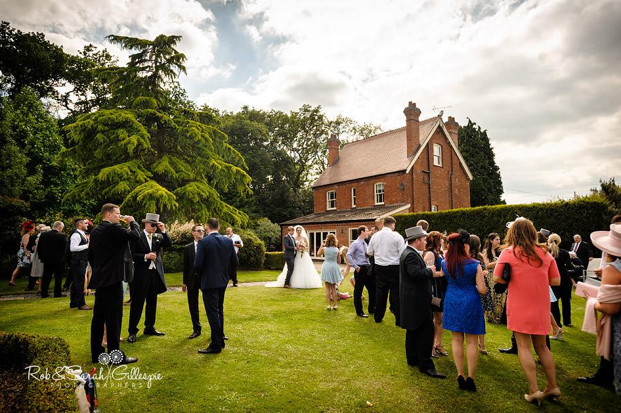 warwickshire-marquee-wedding-photography-092