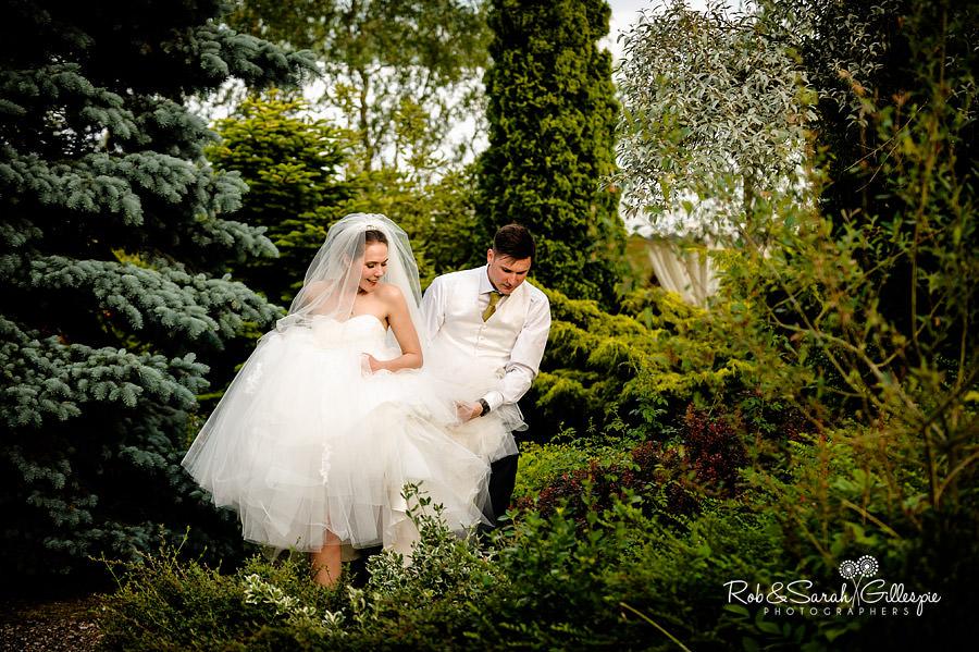 warwickshire-marquee-wedding-photography-129