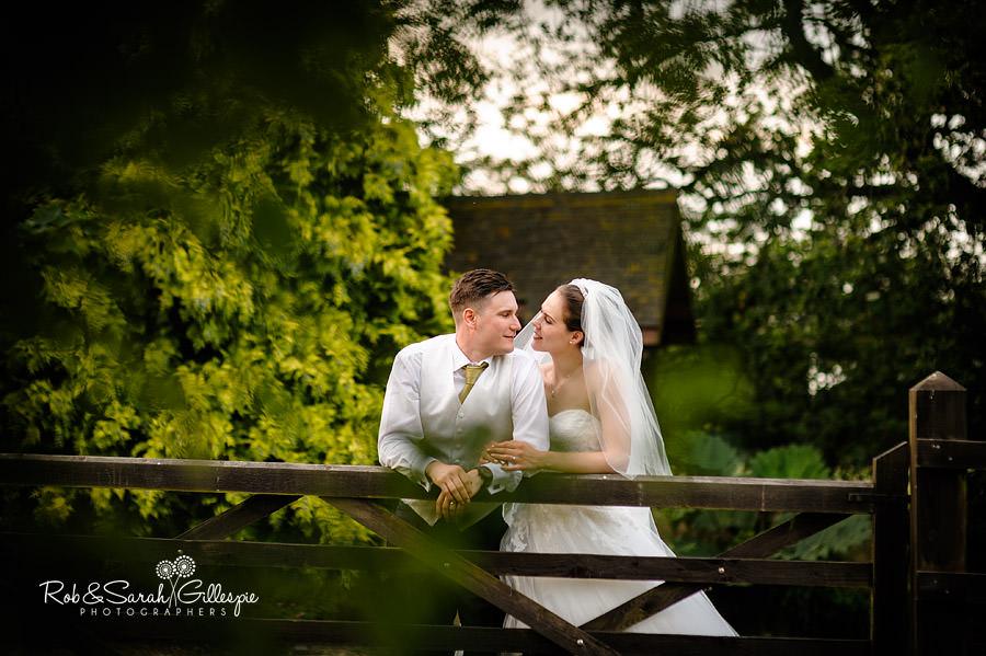 warwickshire-marquee-wedding-photography-136