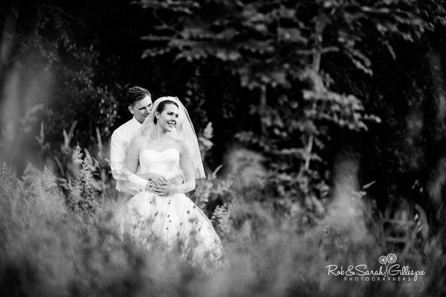warwickshire-marquee-wedding-photography-137