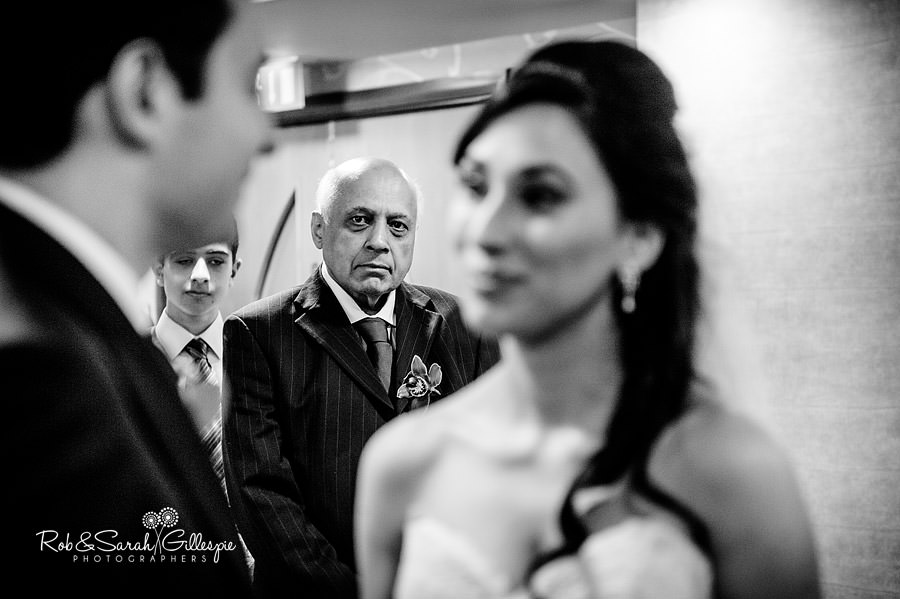 west-midlands-wedding-photographs-solihull-023